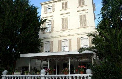 Oxford Hôtel 3 étoiles Cannes