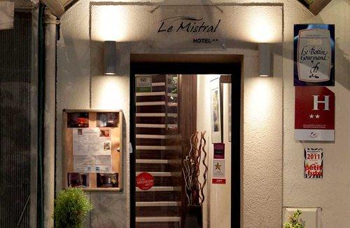 Mistral Hôtel 2 étoiles à Cannes