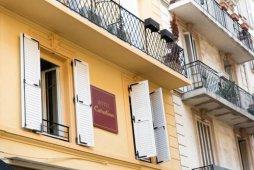 Hôtel Carolina 2 étoiles à Cannes